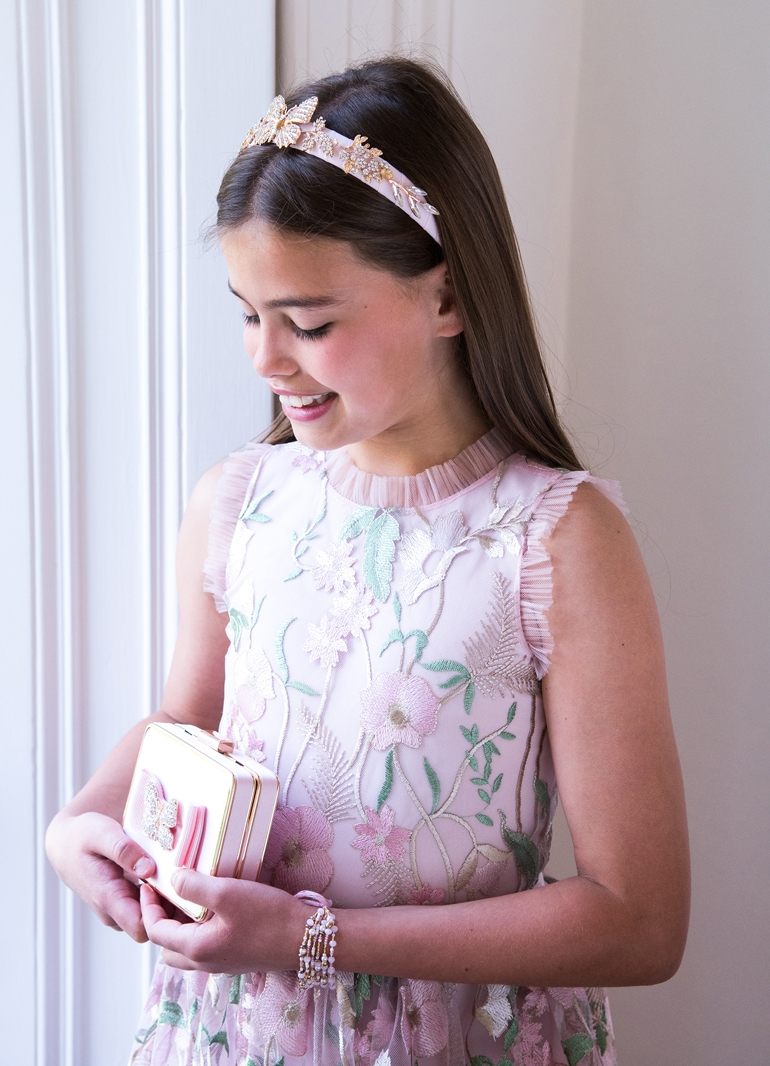 How to Choose the Perfect Flower Girl Dress