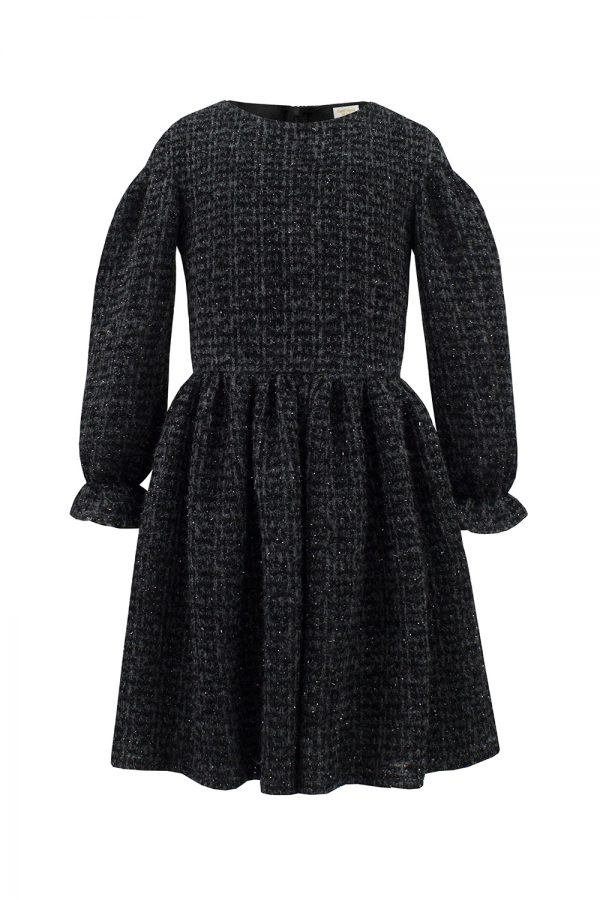 black knitted long sleeve dress